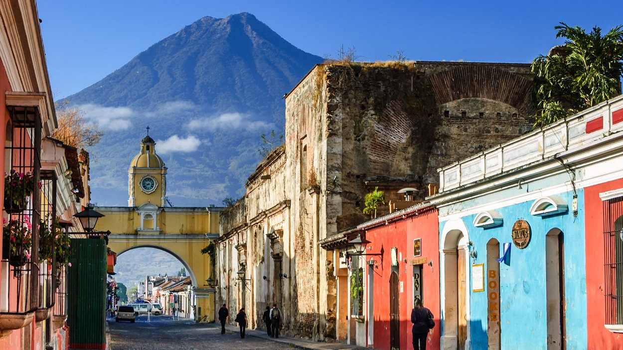 wisata low budget ke guatemala