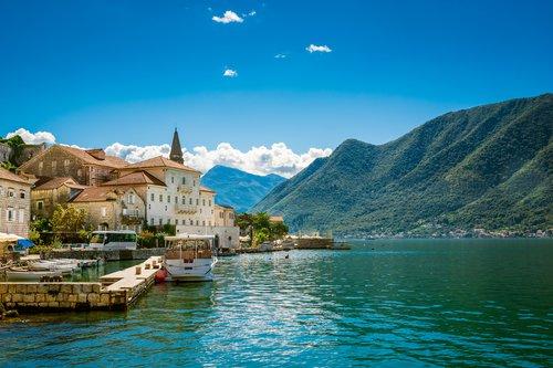 wisata murah albania