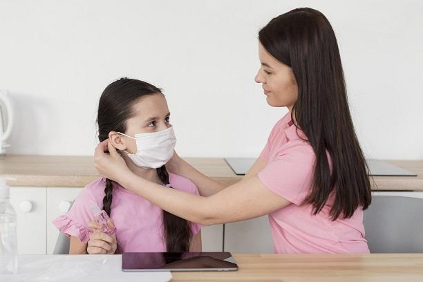 membantu anak menghadapi new normal freepik.com