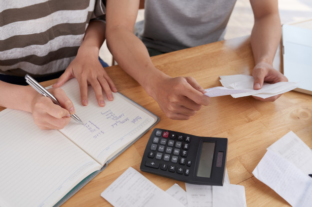 mengatur keuangan rumah tangga gaji 2 juta